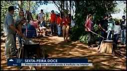 Família em Araxá mantém tradição de fazer doce com leite doado na Semana Santa