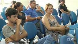 Universitários em São Luís ajudam pessoas com dificuldades em declarar o imposto de renda