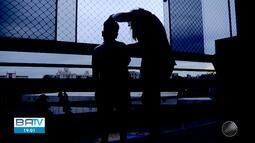 Justiça determina que casal acusado de agredir menino baiano no DF doe R$ 10 mil para Ong