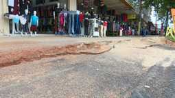 Rachaduras no Calçadão preocupam lojistas do Centro em Rio Branco