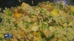 Prato Fácil: Kassab ensina receita de arroz com panceta e frango