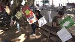 Festa Literária de Paraty lota a cidade com livros e leitores