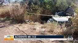 Acidente causa a morte de quatro pessoas e deixa duas feridas na BR-153, em Nova Glória
