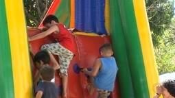 Moradores comemoram o Dia das Crianças em Itapetininga