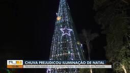 Técnicos trabalham para fazer reparos na iluminação em Petrópolis