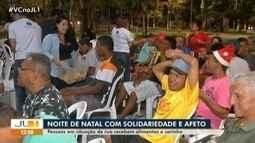Pessoas em situação de rua recebem alimentos e carinho em ação solidária em Belém