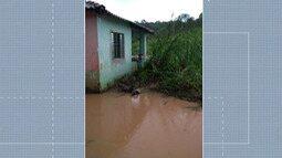 Moradores de Arujá sofrem com estragos causados pela chuva