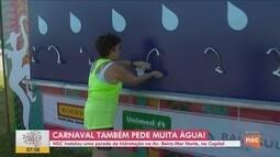 NSC disponibiliza parede de hidratação na Avenida Beira-mar em Florianópolis