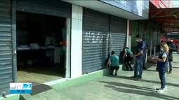 Governo faz operação para cumprir fechamento de comércio não essencial em São Luís
