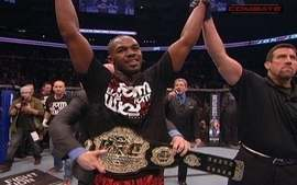 Jon Jones derrota Lyoto Machida pela categoria meio pesado do UFC 140