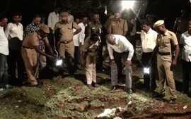 Objeto misterioso cai do céu na Índia e provoca explosão