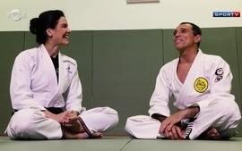 Kyra entrevista o primo Royler Gracie, tetracampeão mundial de jiu-jitsu