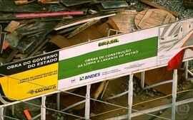 Atrasos e problemas nas desapropriações marcam obras da linha laranja do Metrô