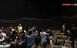 McGregor e Diaz jogam latas e garrafas um no outro no fim da coletiva de imprensa do UFC