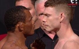 Francisco Massaransuba e Paul Felder passam pela pesagem do UFC: Brasília