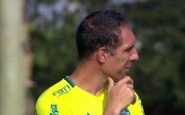 Fernando Prass volta a treinar e tem chances de voltar aos gramados ainda nesta temporada