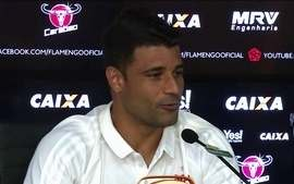 Exames apontam tumor e Ederson, do Flamengo, passará por cirurgia