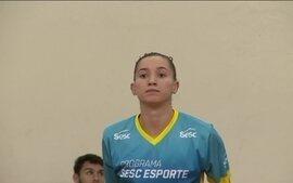 Ponteira Gabi, do Rio e da Seleção, passará por cirurgia no joelho direito