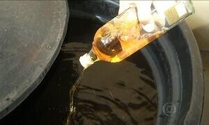 Alunos fazem combustível e material de limpeza a partir de bebidas apreendidas