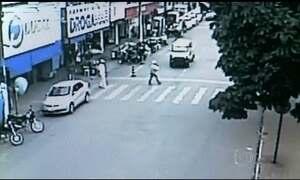 Flagrantes mostram imprudência e desrespeito de motoristas em Goiás