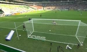 Corinthians vence o Palmeiras no primeiro clássico da nova Arena Palmeiras