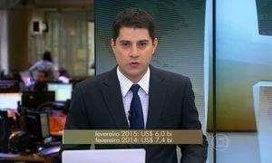 Contas externas brasileiras registram déficit