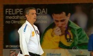 Conheça o treinador que ajudou judocas a ganhar sete medalhas