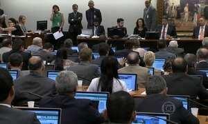 CCJ da Câmara diz ser constitucional a redução da maioridade penal