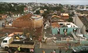 Tornado causa destruição e mortes em cidades de Santa Catarina
