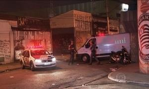 Polícia prende PM e ex-PM acusados de chacina em sede de torcida em SP