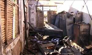 Vândalos destroem prédios públicos por todo o Brasil