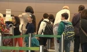 Saiba quais são os documentos necessários para viajar com crianças