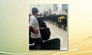 Parlamentares aprovam redução de seus salários no Paraná após protestos