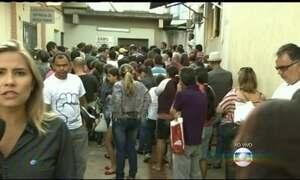 Servidores impedem entrada de pacientes em Hospital das Clínicas