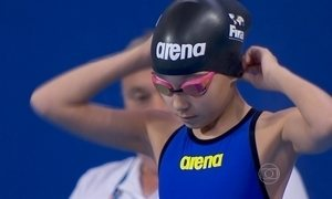Garotinha de 10 anos divide pódio no Mundial de Esportes Aquáticos