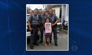 PMs dão presente para menina que chorava na rua no dia do aniversário