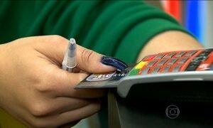 Administradoras deixam de negociar anuidades de cartões de crédito