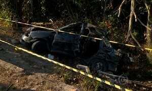 Acidente de carro deixa cinco mortos em Manaus