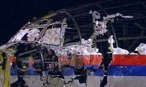 Relatórios indicam que voo da Malaysia Airlines foi derrubado por um míssil