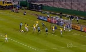 Uruguai goleia a Colômbia nas Eliminatórias da Copa