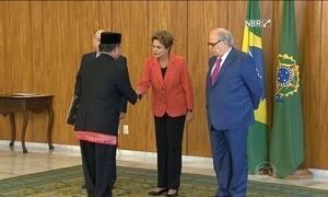 Dilma recebe credenciais de 22 embaixadores
