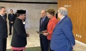 Dilma recebe credenciais de embaixadores de 22 países