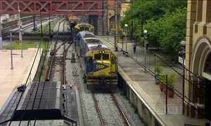 Trem de carga, menos poluente, é tido como empecilho por passageiros