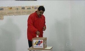 Nicolás Maduro estende em uma hora votação da eleição legislativa na Venezuela