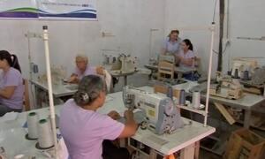 Projeto Japuíra ensina confecção a mulheres de assentamentos em MT