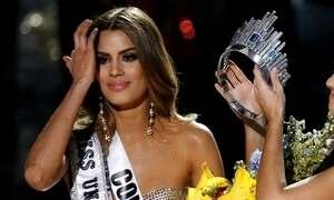 Jovem anunciada Miss Universo por engano agradece por erro