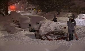 EUA começam a se recuperar de nevasca que matou 29 na costa leste