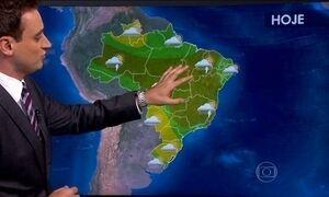 Tem alerta de chuva forte no Sudeste e no Nordeste