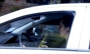 80% dos motoristas dirigem e usam celular ao mesmo tempo, diz pesquisa