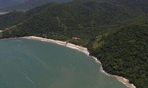 Beleza e história nas praias do Quilombo da Caçandoca